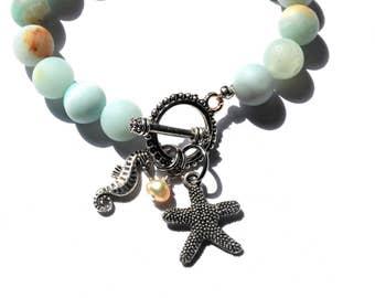 Starfish Bracelet with Amazonite Stones, Seahorse Charm & Freshwater Pearl  / Nautical Bracelet / Beach Bracelet / Beaded Bracelet