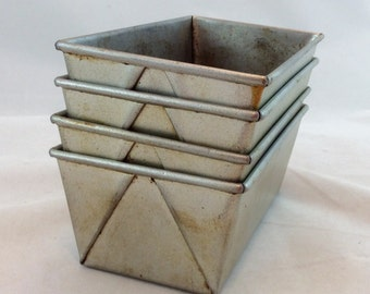 Vintage Mini Loaf Pans x 4, Envelope Edge Small Loaf Pans