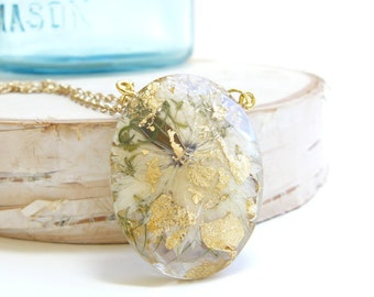 Love in a Mist Jewelry, Faceted Pendant, Gold Flakes, Real Flowers, Preserved in Resin, Pressed Flower Jewelry, Nature Lovers, Flower Child