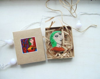 Pablo Picasso brooch - Hand Embroidered pin - Vegan Felt brooch - Wearable art brooch - Picasso Jewelry