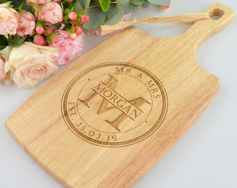 1 x Personalised Engraved Wooden Cheese Serving Board Wedding Engagement Gift