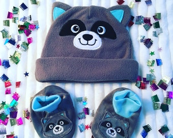Newborn Fleece Beanie and Matching Booties, Take Me Home Outfit, Personalized Raccoon Baby Hat and Booties, Newborn Baby Hat and Booties