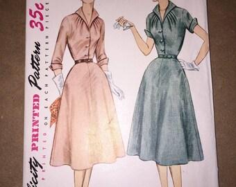 Vintage 1952 Simplicity 3950 Dress Pattern, Size 14