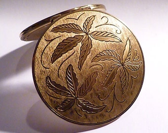 GIFTS FOR HER vintage Stratton powder compacts compact mirrors