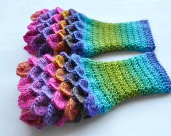 Dragon Scale Gloves / Mitts (Handmade) [ Mittens / Wrist warmers / Fingerless Gloves ]