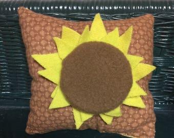 Sunflower Itsy Bitsy  Shelf Sitter/ Bowl Filler Pillow