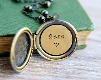Personalized Locket Necklace, Initial Locket Necklace, Name Necklace, Personalized Jewelry, Custom Locket Necklace, Bridesmaid Necklace