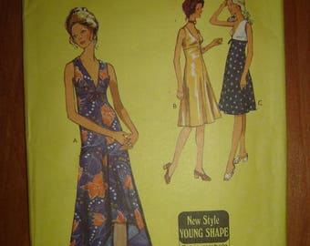 1971 Style Vintage Sleeveless dress Pattern 3268- Size 12