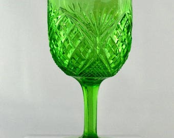 Wine Glass Late 19th Century Fans & Diamonds Green Glass Gold