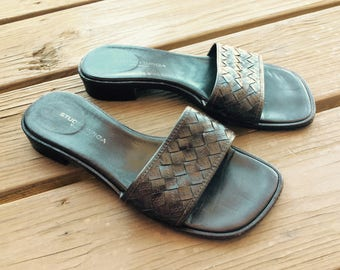 Vintage leather sandals flats flat Italian Italy