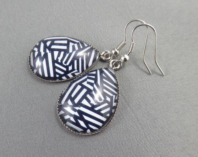 Featured listing image: Teardrop Earrings - Blurred Lines