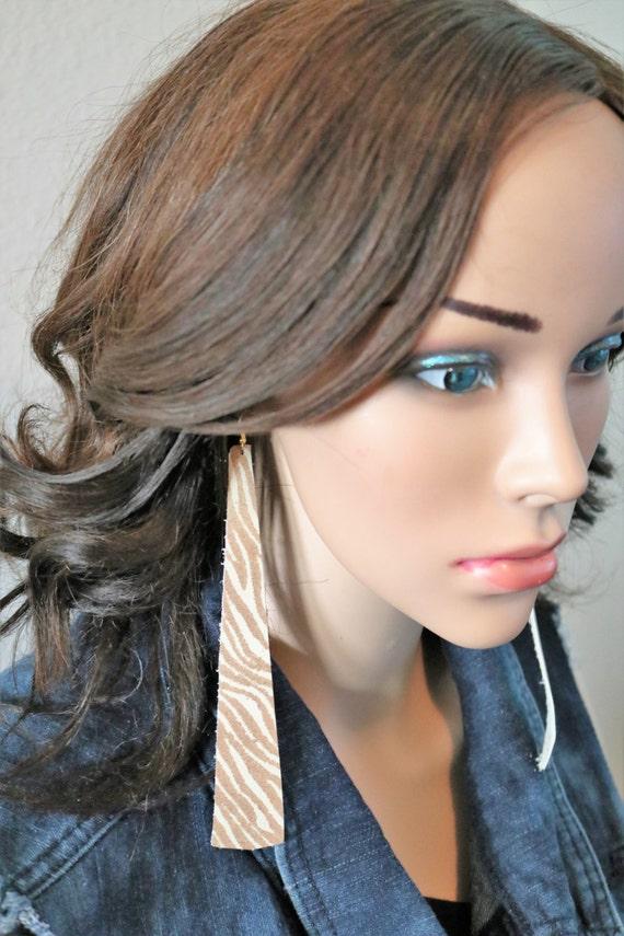 Long strip leather earrings - Lightweight leather earrings - Dangle Earrings - Boho Earrings - Drop earrings - Caramel swirl zebra print