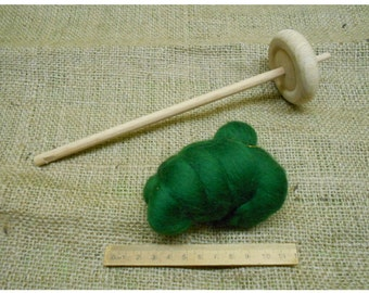 wooden drop spinning spindle and 15g of wool rovings to the colour shown