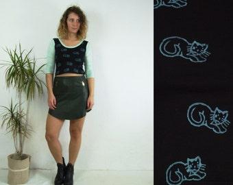 90's vintage women's black-mint cat printed blouse/top