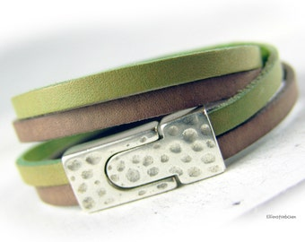 Damen Armband grün braun Leder gewickelt hell antik taupe grün silber Wickelarmband Lederarmband - Geschenk Ehefrau beste Freundin