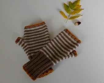 Knitting Pattern for Autumn Fingerless Gloves