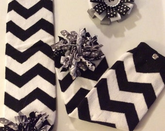 Wildcat Black and White Chevron Leg Warmers with matching Loopy Bow
