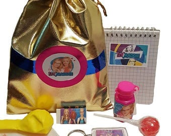 Liv & Maddie party bag loot bag with 8 items inside