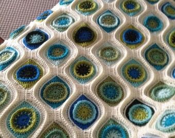 Handmade crochet blanket : Retro ornaments