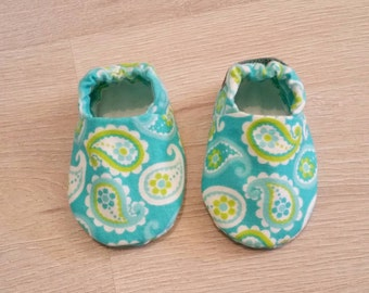 Baby Booties, Baby Gifts, Girl Baby Slippers, Baby Crib Shoes, Paisley Baby Shoes, Baby Accessories, Paisley Baby Slippers, Baby Girl Shoes