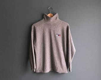 tommy hilfiger grey fleece pullover 1990s tommy hilfiger sweater. Black Bedroom Furniture Sets. Home Design Ideas