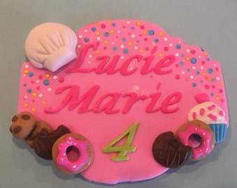 Little baker Fondant name plaque