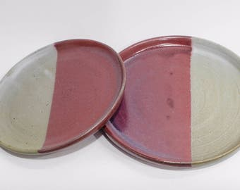 Set of two plates - red and white