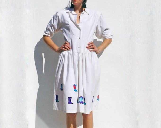 White Shirt Dress, Vintage 80s White Long Sleeved 80s Shirt Dress With Cowboy Applique Boots, Fun Dress, 80s Dress, White 80s Summer Dress