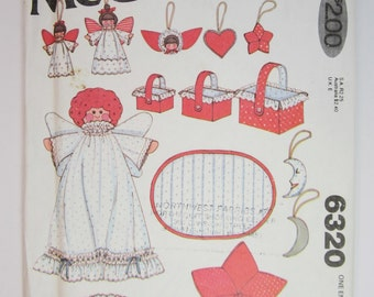 Vintage McCall's 6320 Christmas Decorations Sewing Pattern