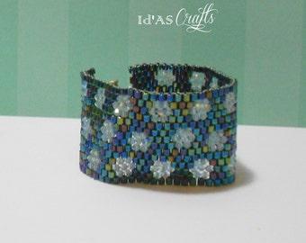 Blue crystal 2-inch Bracelet