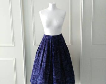 CLEARANCE 1970's vintage skirt floral print skirt mid length skirt pleated skirt Jaeger skirt blue  ladies skirt size 16 (best fit 10/12)