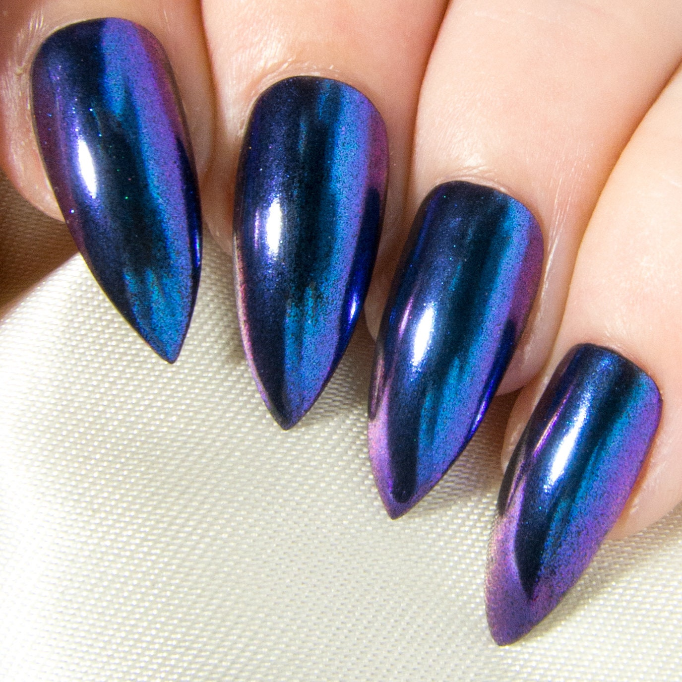 Fake Nails: Blue Chrome Fake Nails
