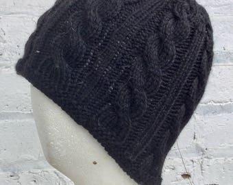 Cable Knit Cap (Black)