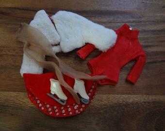 Barbie ~ #942 Icebrakers: jacket, bodysuit, skirt, skates and nylons