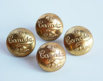 4 Vintage brass buttons, Canada military, crown and beaver, shank buttons, matching buttons, 13mm, sewing notions, Canada souvenir.