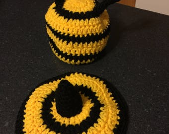 Newborn bumble bee cover up