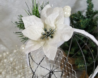 White Winter Poinsettia Fascinator, Veiled Flower Headband OR Hair Clip, Bridal Fascinator, Holiday Party or New Year's Eve Hat, Photo Prop