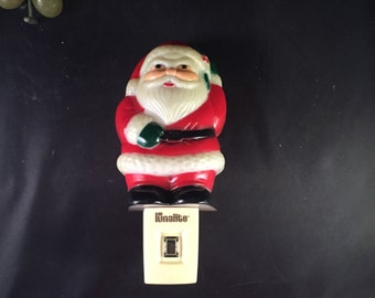 P027 Vintage Santa night light