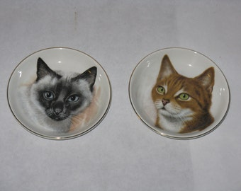 Pair of vintage Crown Staffordshire small cat plates porcelain England