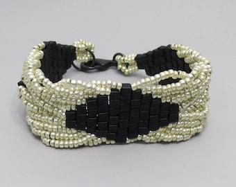 Bracelet, Black and Silver Beaded Twist