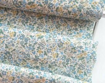 Memoire a Paris Cotton Lawn 2017 - Berry floral(Light Blue) - Lecien - Japan, Inc