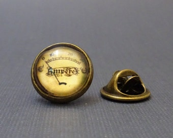 Meter Pin, Paper Under Glass, Steampunk Tie Tack, Brooch, Steam Punk Gauge Face Tietack, 2092