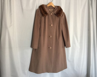 Brown Coat Fur Collar Vintage size Small or Medium
