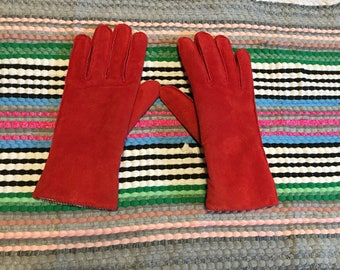 Red Gloves Suede Leather Thinsulate Vintage size Small / Medium