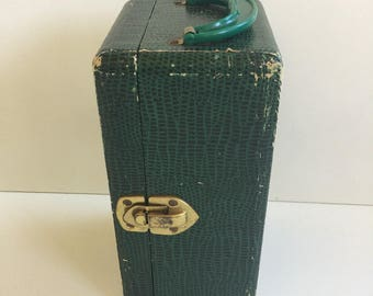 Vintage Green Doll Toy Trunk for Storage
