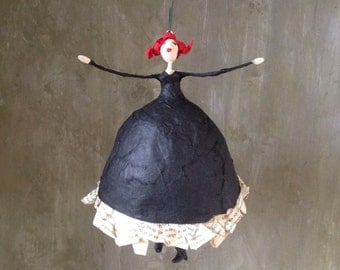 Paperart, Papermaché dancer in black