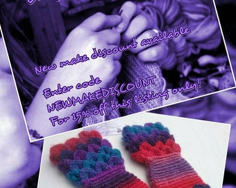 Dragon scale gloves **Made to Order** crocodile-stitch wristwarmers, gifts for her, crochet wrist warmers, ladies arm warmers, unicorn glove