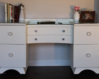 SOLD******Refinished Vintage Vanity w/ Mirror