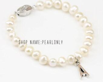 Initial bracelet,personalized bracelet,Flower girl pearl bracelet,small pearl bracelet,teen girl pearl bracelet,initial pearl bracelet