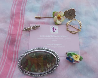 1 bag of  vintage brooches for special someone